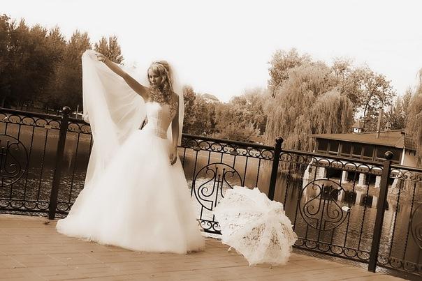 Купить свадебное  в бресте фото и цены