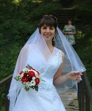 Элитное кружевное свадебное платье А-силует