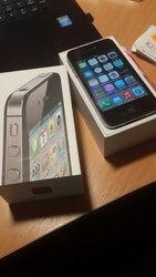 Iphone 4s 16 Gb +4 чехла в подарок