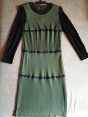 Платье с кожаными полосками